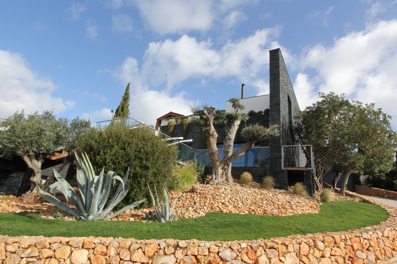 Portugal in pictures Stunning Contemporary 4 Bedroom Villa  - Villas