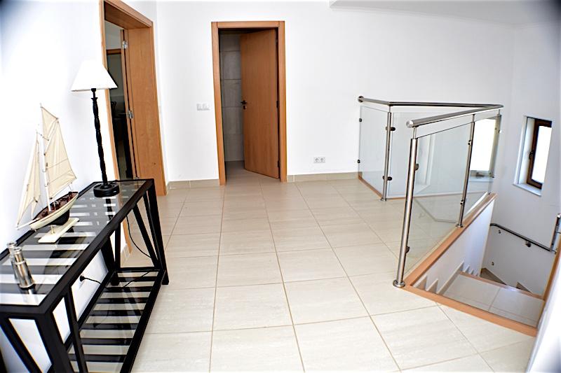 Modern 4 Bedroom Villa with Panoramic Views in Praia da Luz  - 4 Bedrooms
