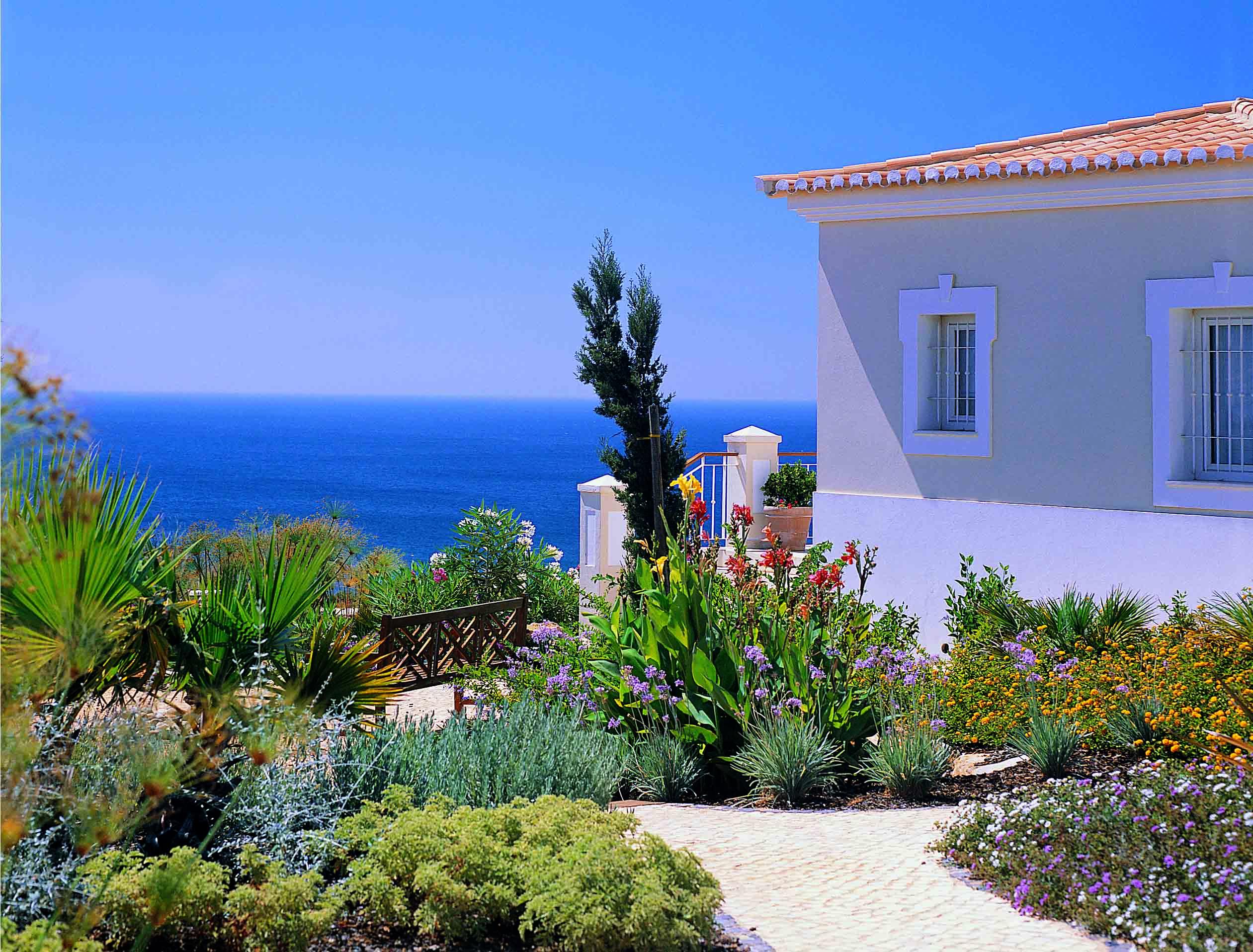 Stunning Villa with Sea Views in Praia da Luz  - Algarve