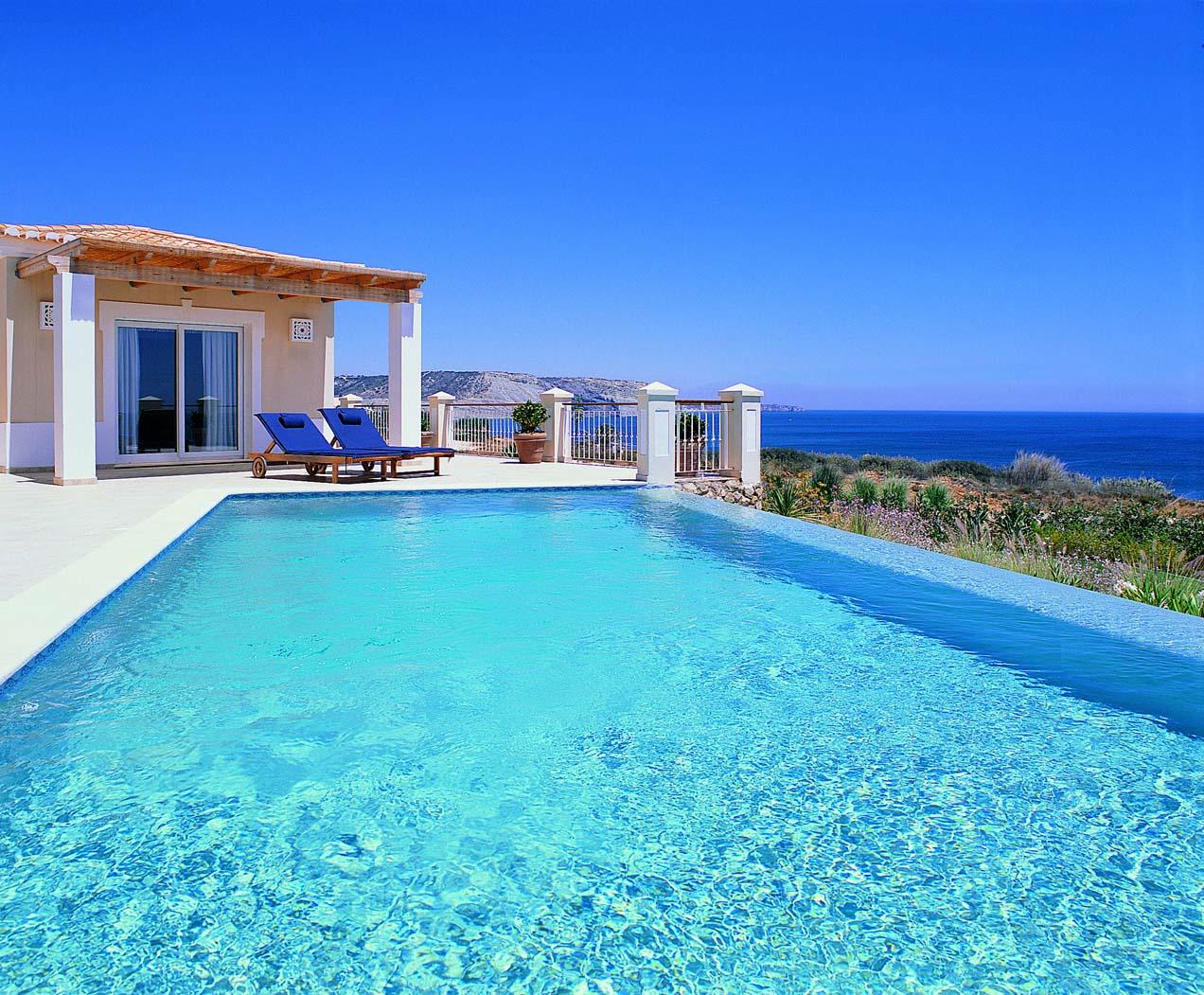 Stunning Villa with Sea Views in Praia da Luz  - The beautiful costal development with breathtaking sea views in Praia da