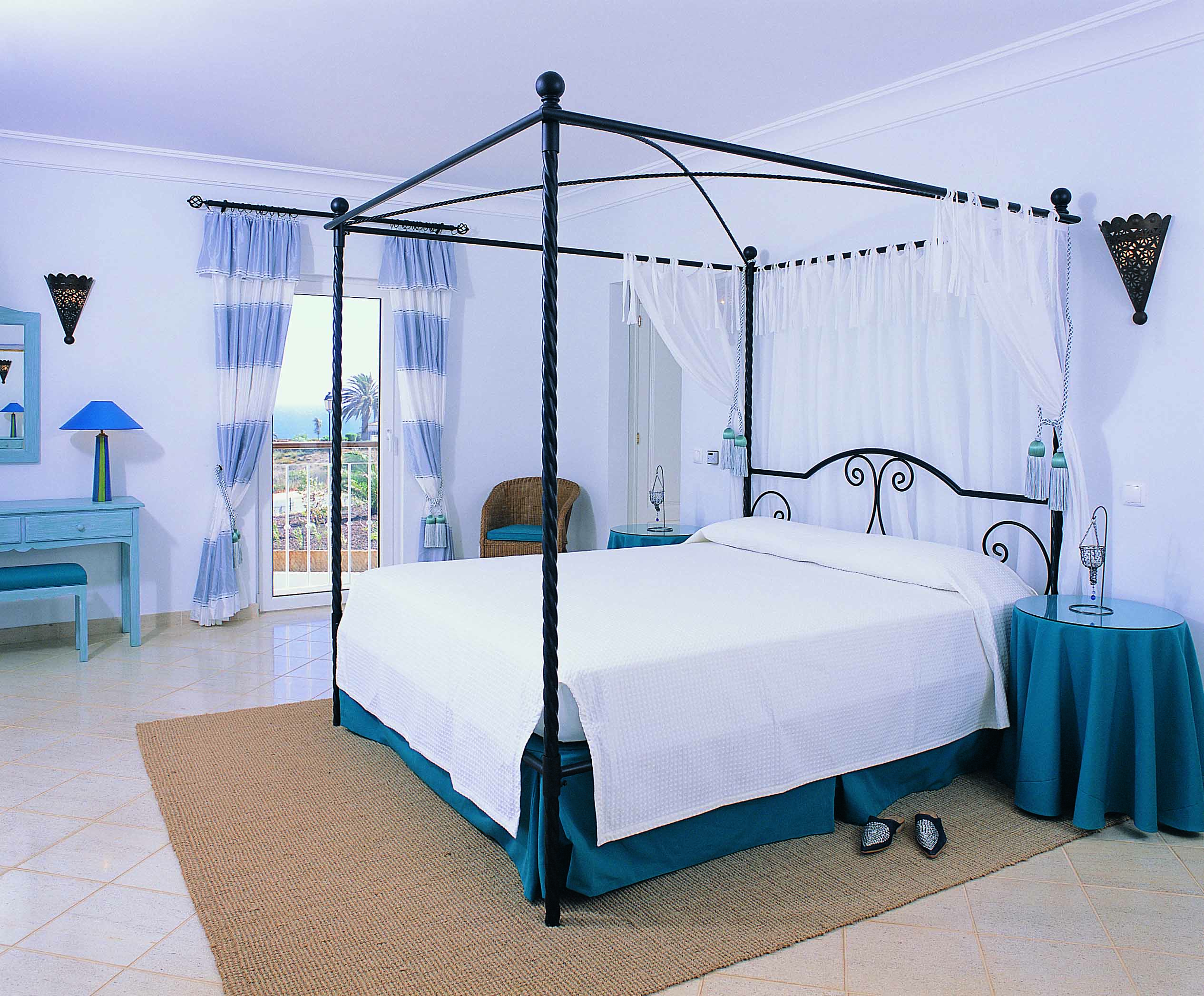 Stunning Villa with Sea Views in Praia da Luz  - 4 Bedrooms