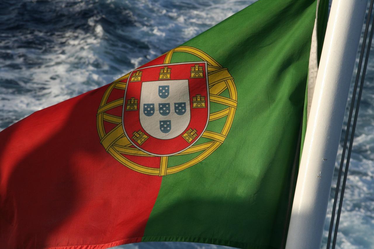 flag-106072_1280