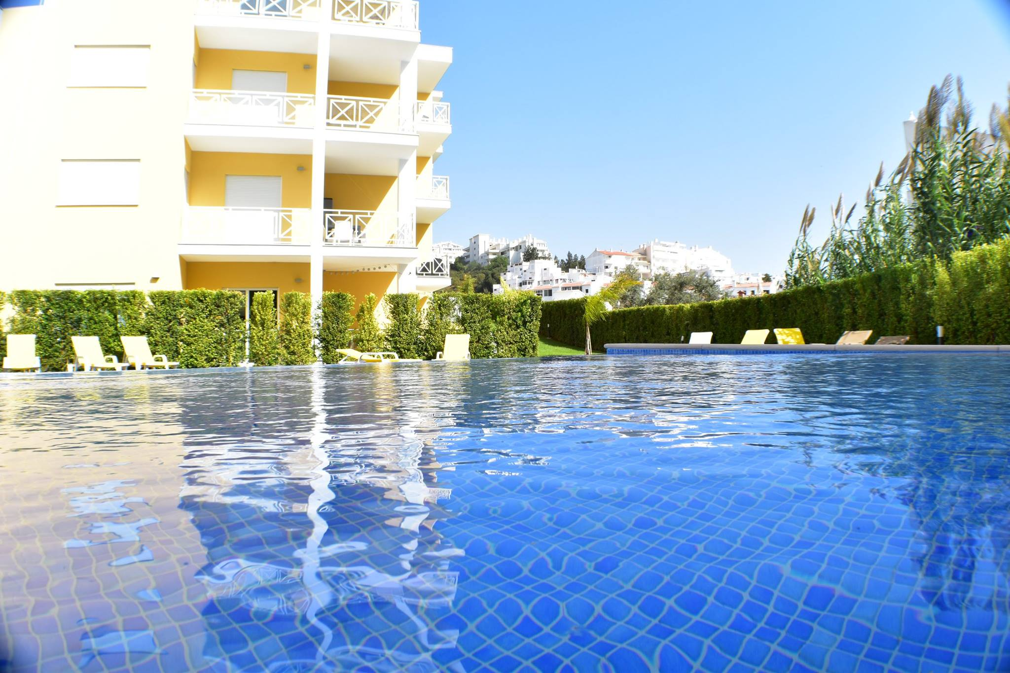 Algarve Stylish 2 Bedroom Duplex Apartment in Albufeira  - Albufeira
