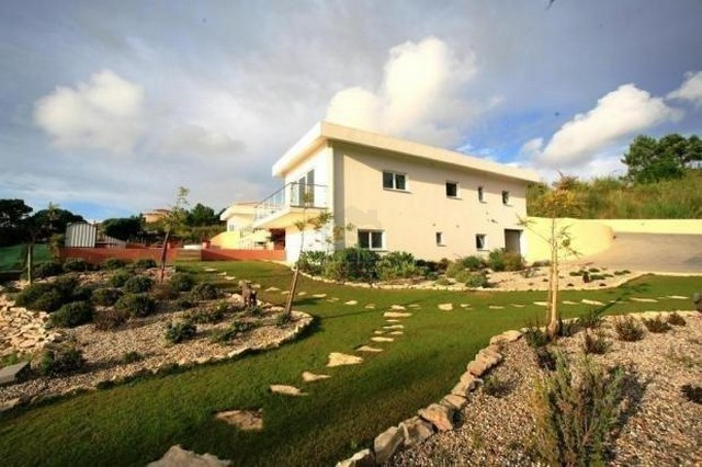 Portugal in pictures Exclusive 6 Bedroom Villa with Ocean View in Foz do Arelho  - Villas