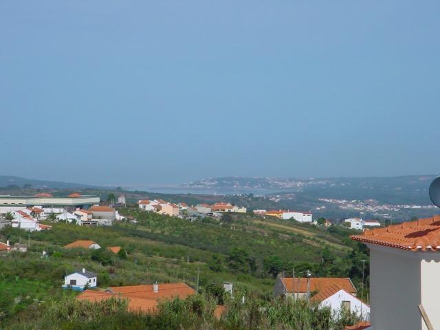 Belle propriété moderne 3 chambres à Usseira  - Villa isolée avec piscine Ceci est une grande propriété comprenant trois