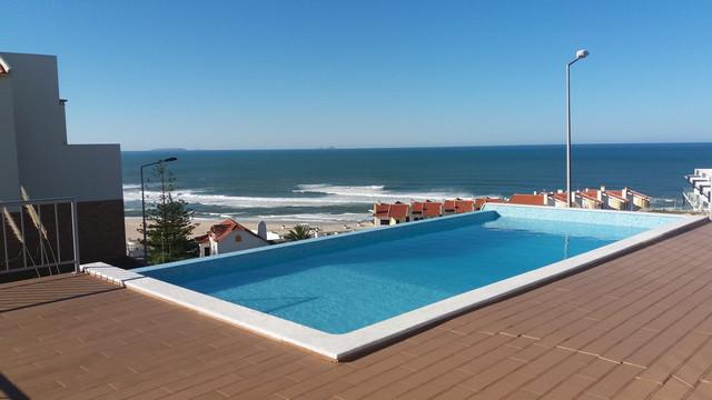 Central Portugal Villa with Views of the Atlantic Ocean in Foz do Arelho  - Caldas da Rainha