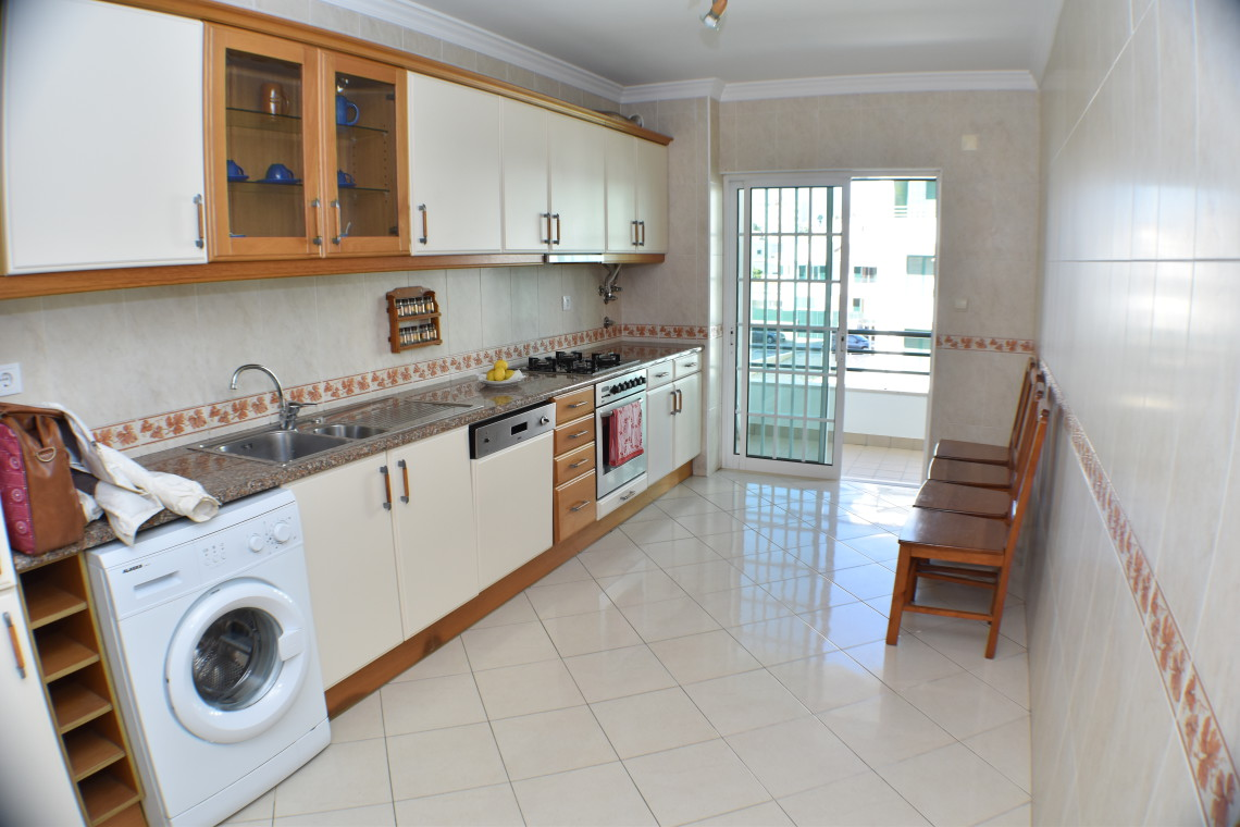 Spacious apartment in a residential area of Albufeira Spacious 2-bedroom apartment Fantastic 2 Bedroom Apartment in Albufeira  - Algarve