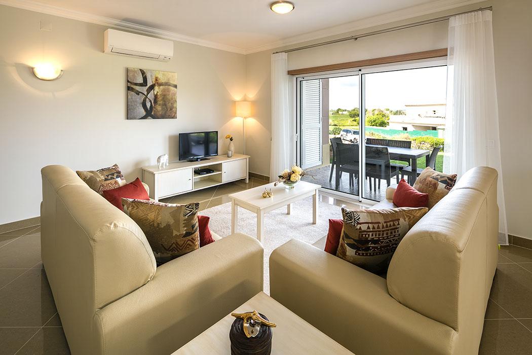 Nouvelle construction villa de 4 chambres avec vue sur le golf à Lagos  - Villa moderne en position privilégiée avec garage Avec un exceptionnel parcours