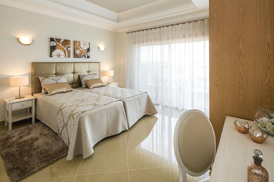 Stunning new 4 bedroom villa in Golf Resort near Lagos  - Algarve